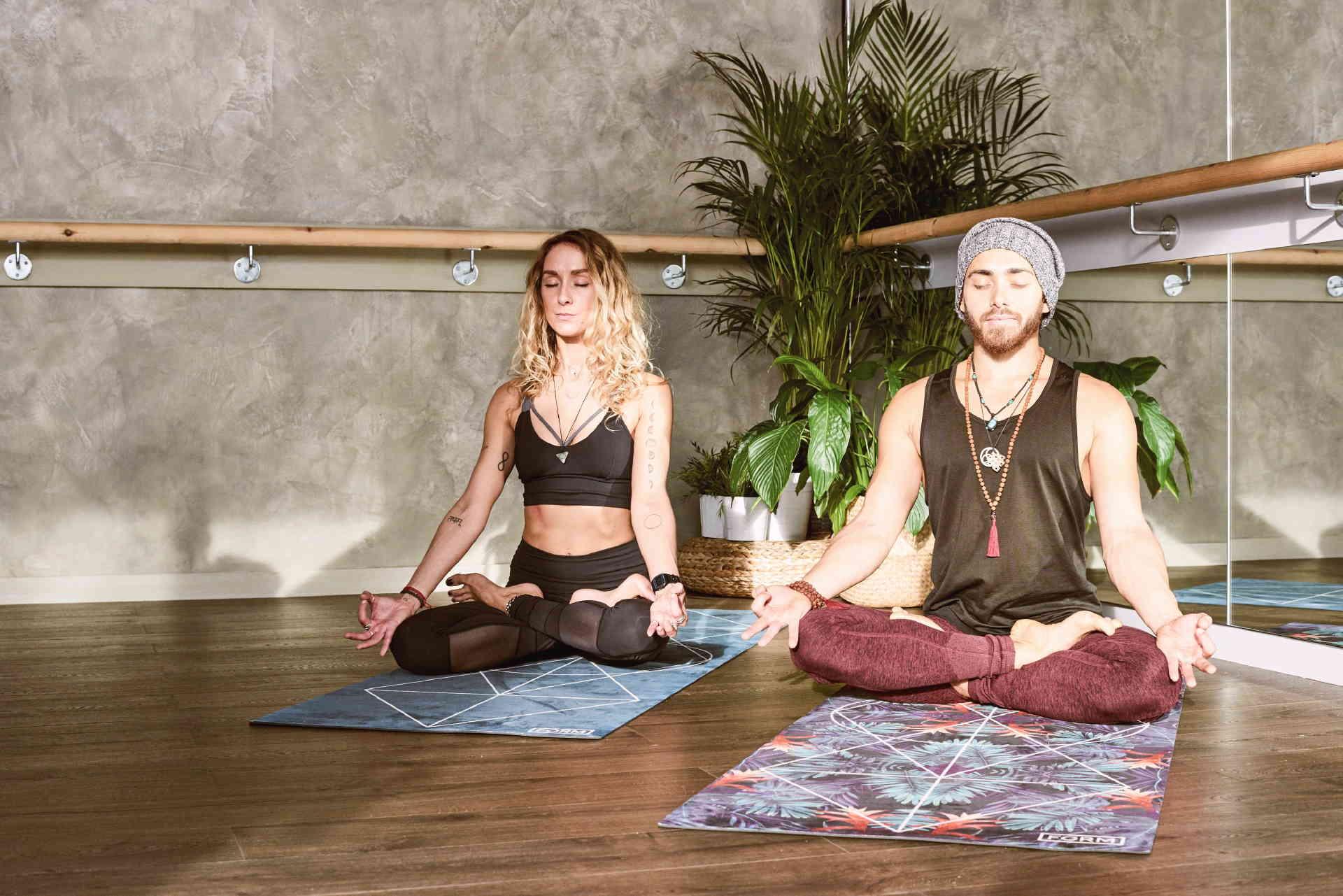 aquarian-yoga-salud